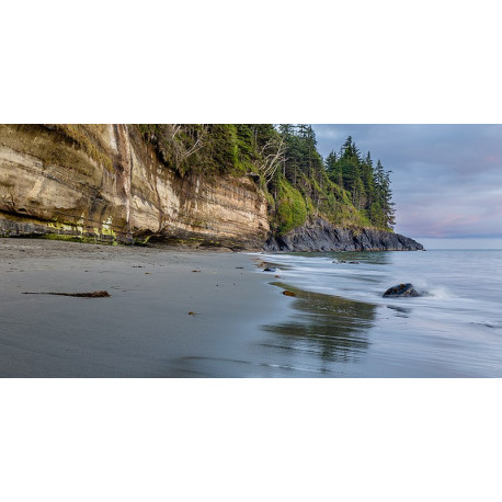 INTO THE CANADIAN WILDERNESS EN
